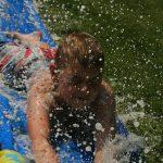 Maak een waterglijbaan